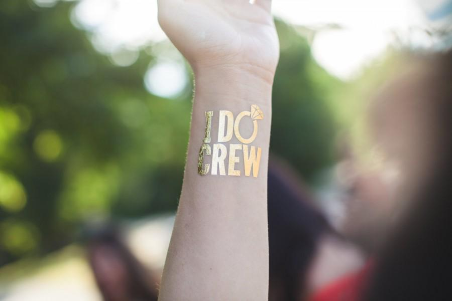 Wedding - I DO CREW tattoos / set of 8 bachelorette party tattoos /  hen night tattoos / bride tattoo / stagette party / wedding party