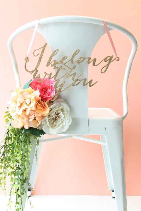 "Mariage - Wedding Chair Signs: Gold Leaf ""I Belong With You"" And ""you Belong With Me"" Calligraphy Pair"