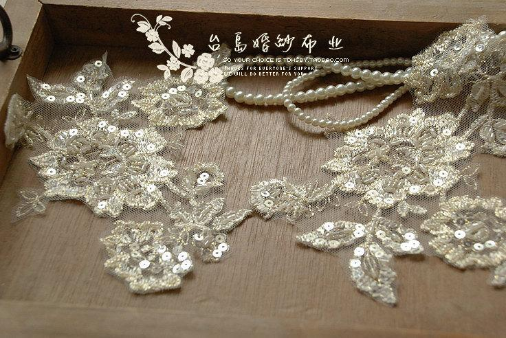 Hochzeit - One pair hand beading embroidery patches appliquef for bridal flower veil 14C85  7J12