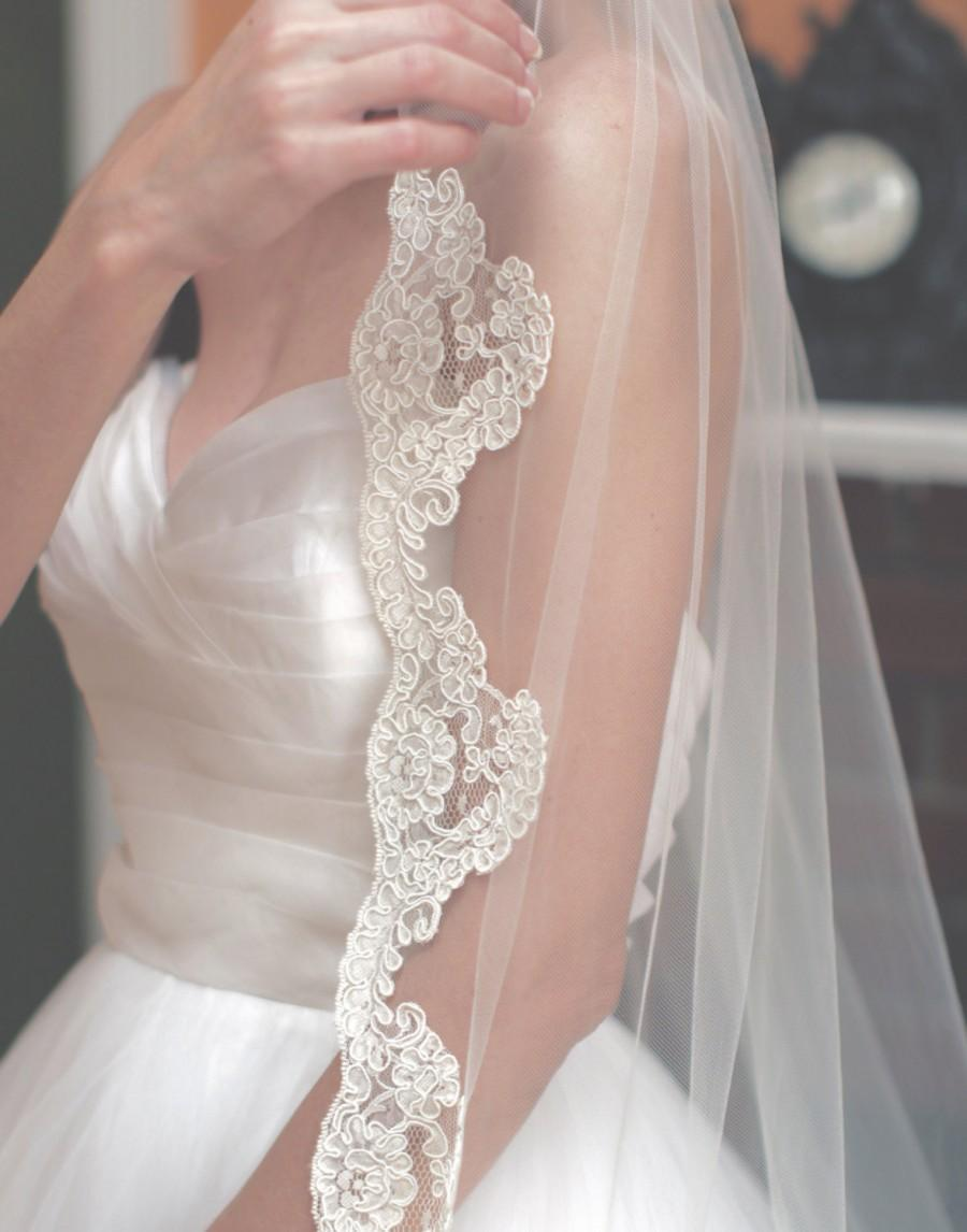 Mariage - Wedding Veil, Lace Veil, Veil, Wedding Lace Veil, Bridal Veil, Bridal Lace Veil, Fingertip Lace Veil, Ivory Lace Veil, Lace