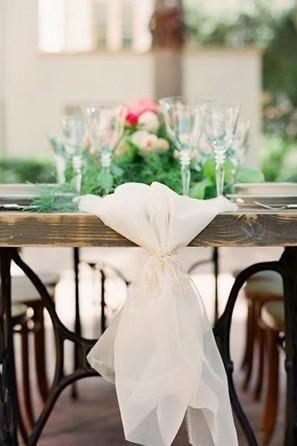 Wedding - 9 Trending Table Runners For Weddings