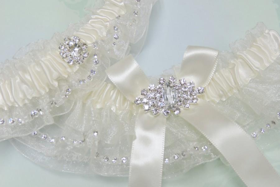 Wedding - Light ivory wedding garter set with rhinestones,  Wedding Garter Set,  Garters