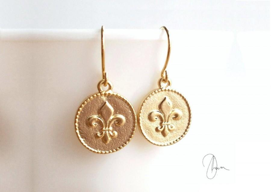 Gold Fleur De Lis Coin Earrings Small Round French Lily Disc Simple Minimal Everyday Style Dainty Jewellery Wedding Bridesmaids Gift