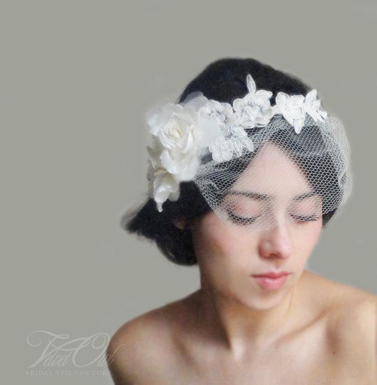 Mariage - Bridal lace headpiece with detachable mini birdcage veil half crown halo silk rose flowers lace and headpiece comb or clip - EMMELINE