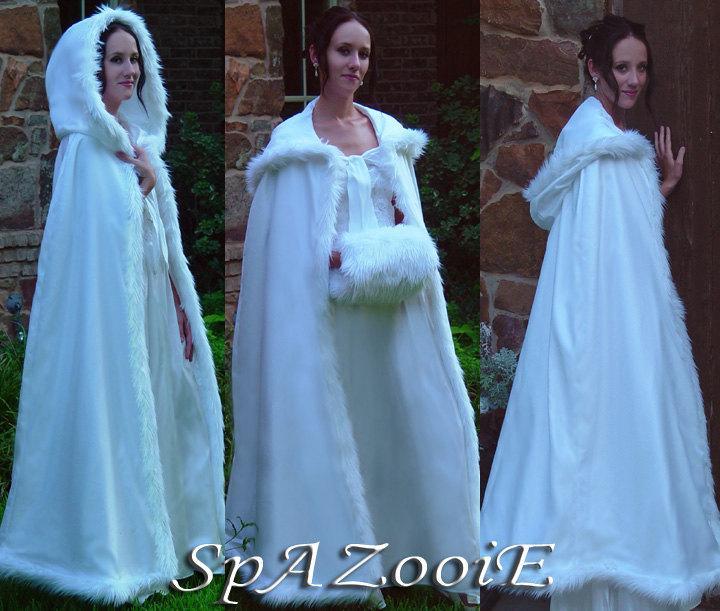 Mariage - White fur trim satin cloak wedding renaissance bridal full length medieval cape