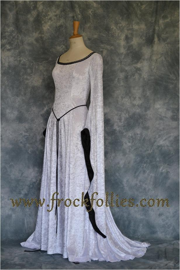 Pagan Wedding Dresses.Medieval Handfasting Gown Renaissance Gown Pre Raphaelite Dress