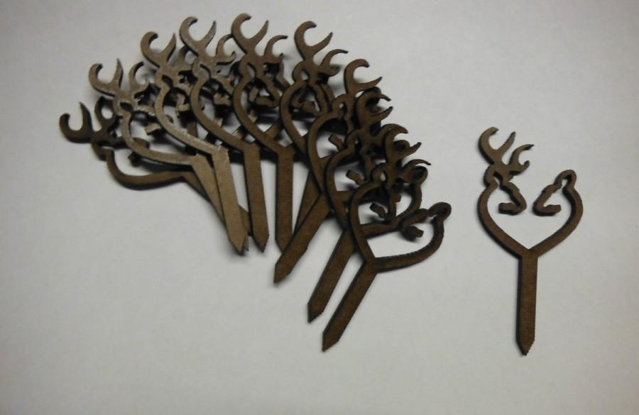 """Mariage - CupCake Topper's .. Set of 10 Browning Deer Heart Buck & Doe ..  1.60"""" Wide x 2"""" Tall with a 1.5"""" Spike .. #21 in this collection"""