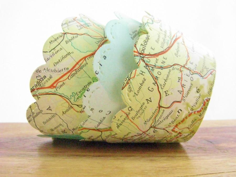 Mariage - Set of 12 - Vintage Map Cupcake Wrappers - Made to Order