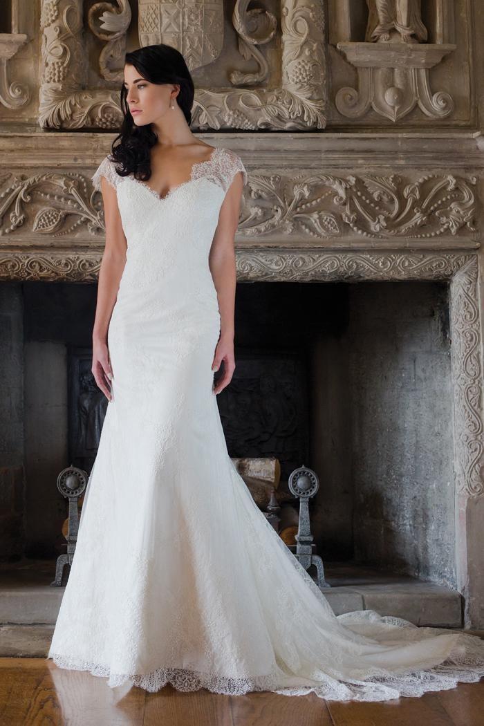 Augusta jones alice stunning cheap wedding dresses for Augusta jones wedding dresses for sale