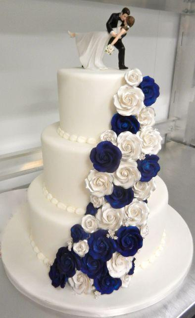 Carlos bakery floral wedding cake designs 2569789 weddbook carlos bakery floral wedding cake designs junglespirit