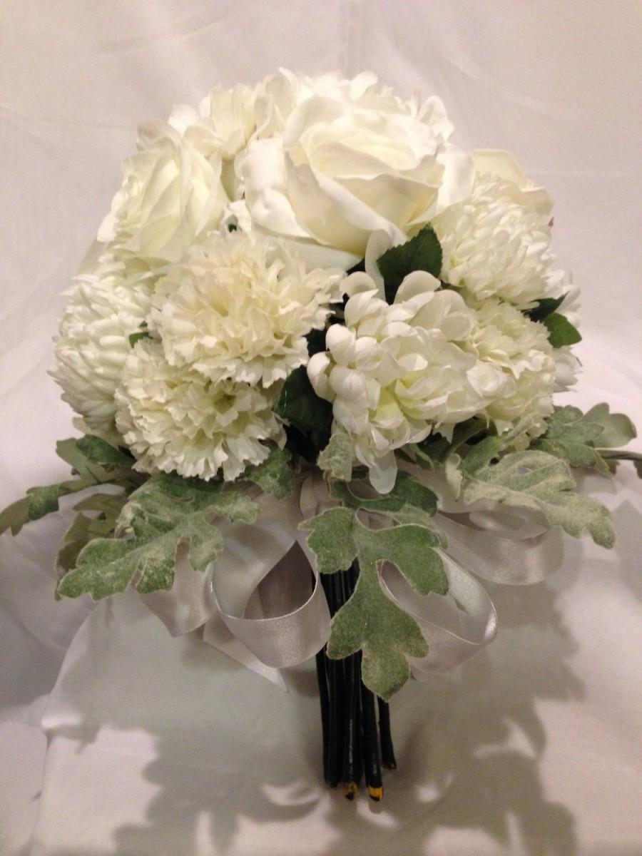 زفاف - Beautiful, white, bouquet with satin ribbon