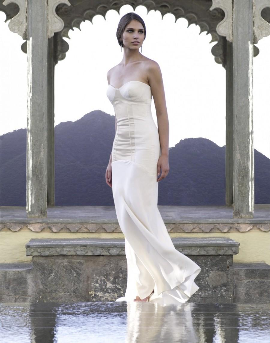 Amanda Wakeley - Stunning Cheap Wedding Dresses #2570609 - Weddbook