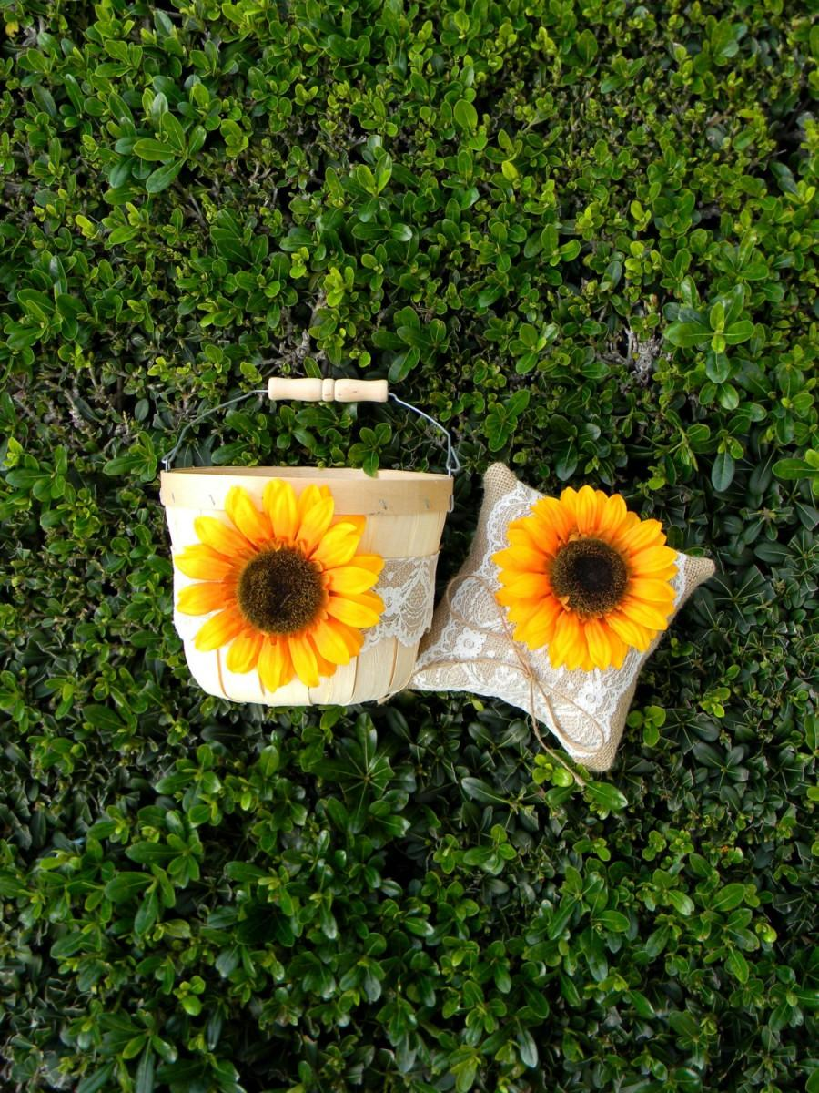 Mariage - Sunflower Flower Girl Basket & Sunflower Ring Bearer Pillow Set Rustic Barn Farm Wedding Sunflower Wedding Burlap And Lace Ring Pillow