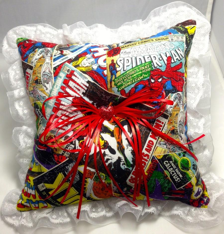 Mariage - Custom Comic book prom or wedding Ring Bearer Pillow