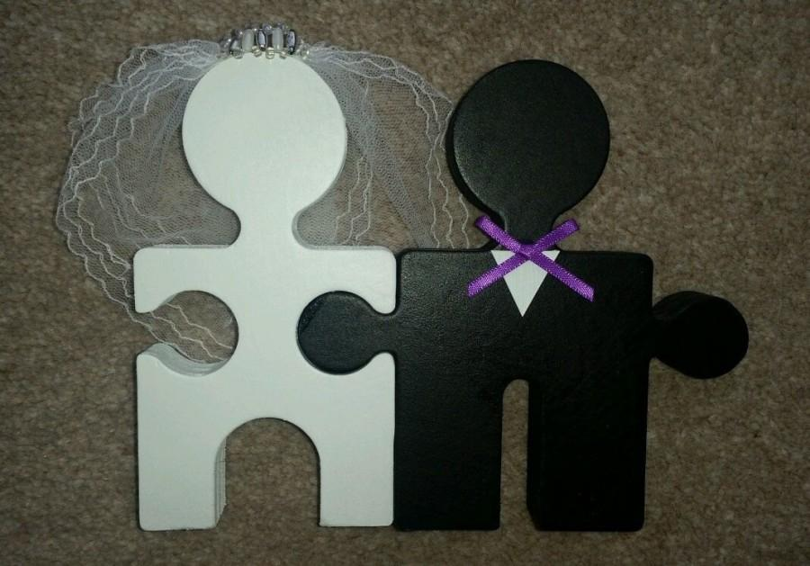 Mariage - Custom Handmade Bride & Groom Mr And Mrs Jigsaw cake topper or table decoration