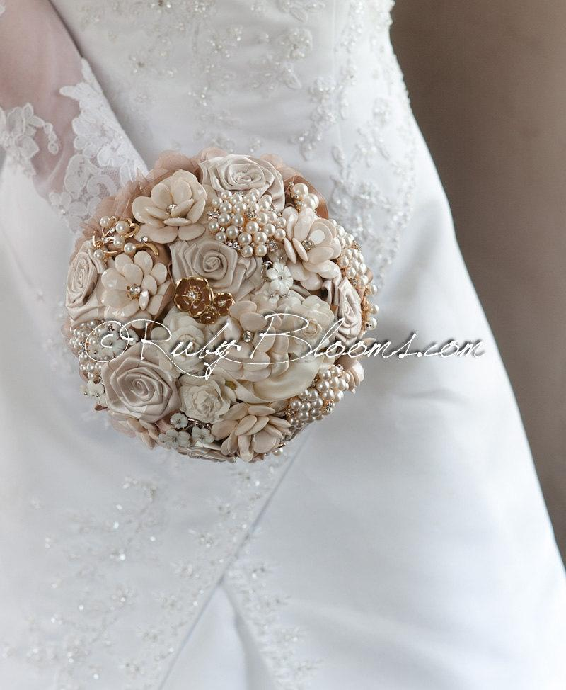 "Wedding - Rustic Chic Wedding Brooch Bouquet. Deposit - ""Rustic Chic"" Beige Pearl, Rustic Chic Wedding Bouquet. Heirloom Country Bridal Broach Bouquet"