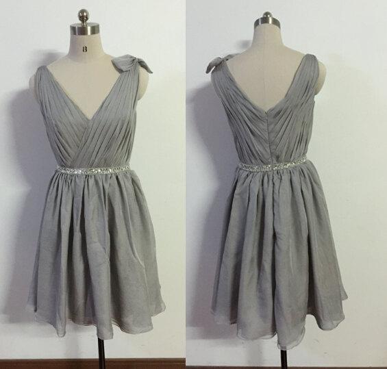 Свадьба - Grey bridesmaid dress short bridesmaid dresses v neck bridesmaid dress wedding dress short prom dress evening dress light grey