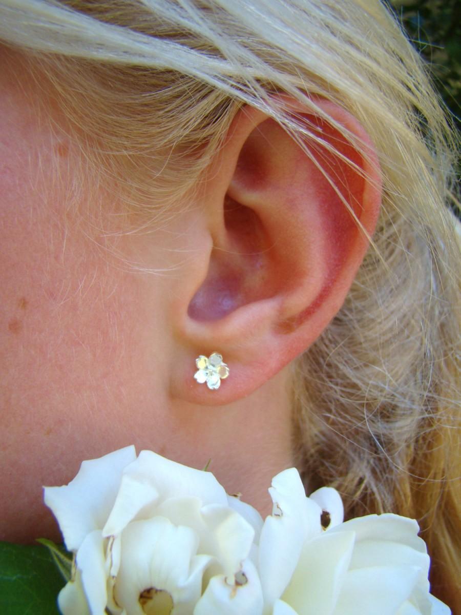 Mariage - Flower Girl Earrings, 925 Sterling Silver Flower Stud Earrings