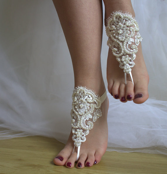 Boda - Beaded ivory lace wedding sandals, free shipping!