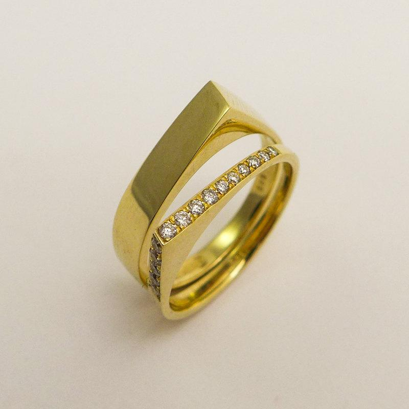 Modern Engagement Wedding Rings Set 14 Karat Gold And Diamonds