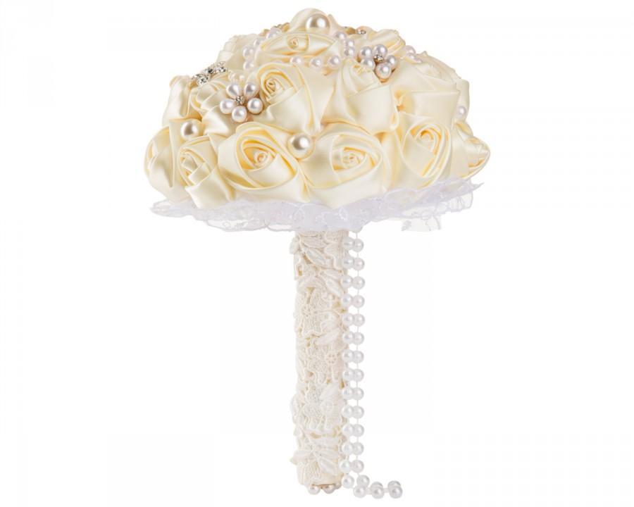 Hochzeit - Elegant Ivory Silk Rose Wedding Bouquet, Floral Wedding Bouquet, Crystal Rhinestones and Pearl Embellishment Wedding Bouquet, Bridal Bouquet