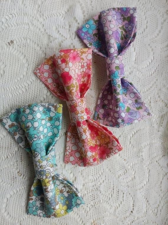 Wedding - floral bowties Set of three cottage chic wedding bow ties mint wedding tie pink necktie for groom lilac shaby bow tie Krawatte für Bräutigam