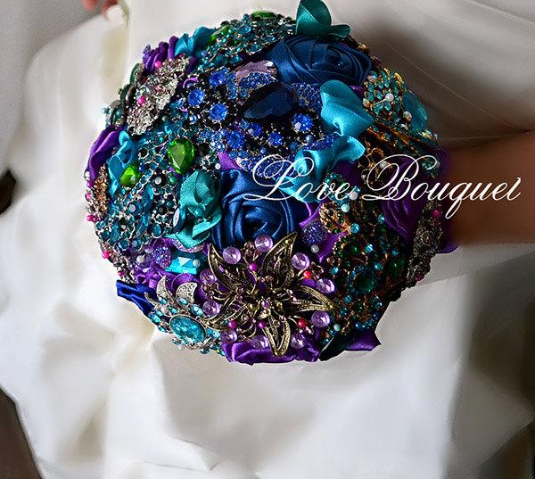 Hochzeit - SALE! Ready to ship! Purple Teal Blue Emerald Wedding Brooch Bouquet, Heirloom Keepsake Peacock Crystal Rhinestones Wedding  Brooch Bouquet