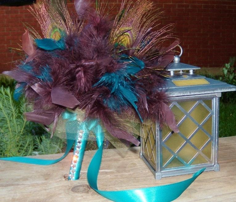 Hochzeit - Peacock Feather Wedding Bouquet - Chocolate Brown Teal Blue Turquoise - Toss or Bridesmaids Bouquets Feathers Custom Colors