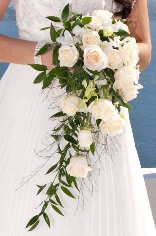 bouquet flower santorini weddings 2573476 weddbook. Black Bedroom Furniture Sets. Home Design Ideas