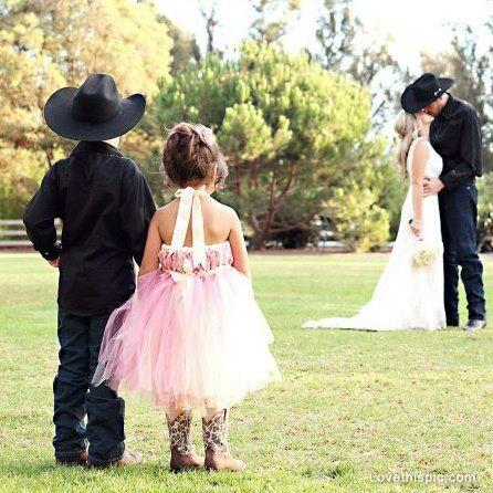 Mariage - Country Wedding  Love Cute Photography Wedding Couples Kiss Kids