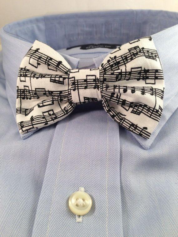 Hochzeit - Music Print Bowtie / Bow Tie