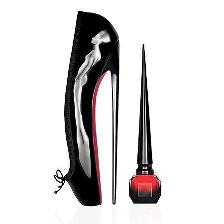 زفاف - Rouge Louboutin Red Nail Polish