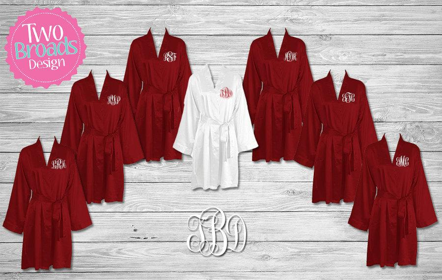 Mariage - Bridesmaid Robes, Satin Bridesmaid Robes, FREE Robe set of 6 or More, Wedding Robe, Personalized Robe, Bride Robe, Burgundy Robes