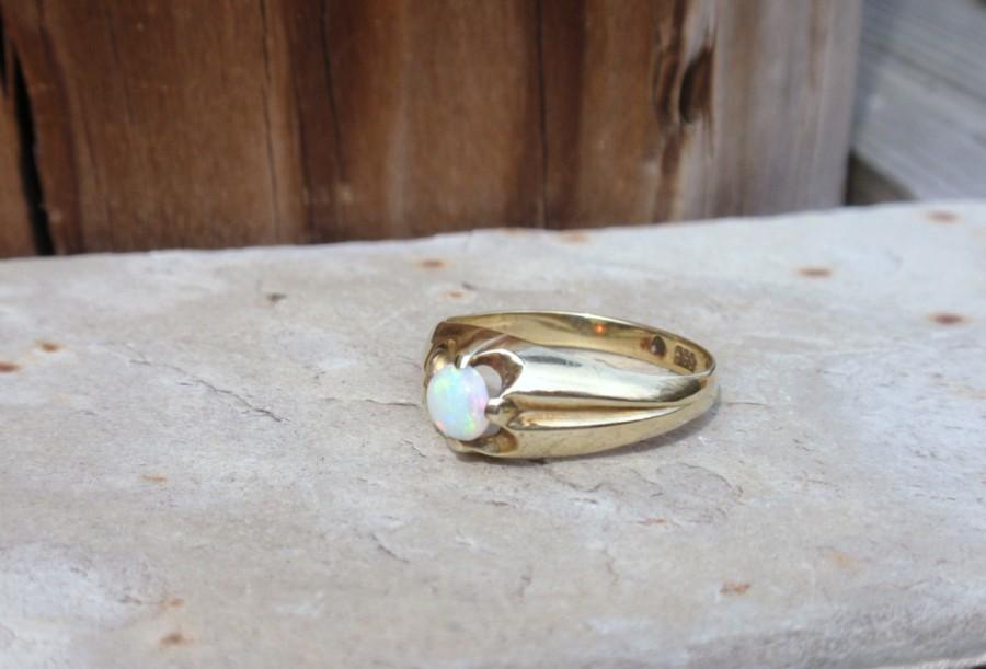 Mariage - Victorian Opal Belcher Ring ladies mans October birthstone buttercup claw set gypsy size 7 yellow gold