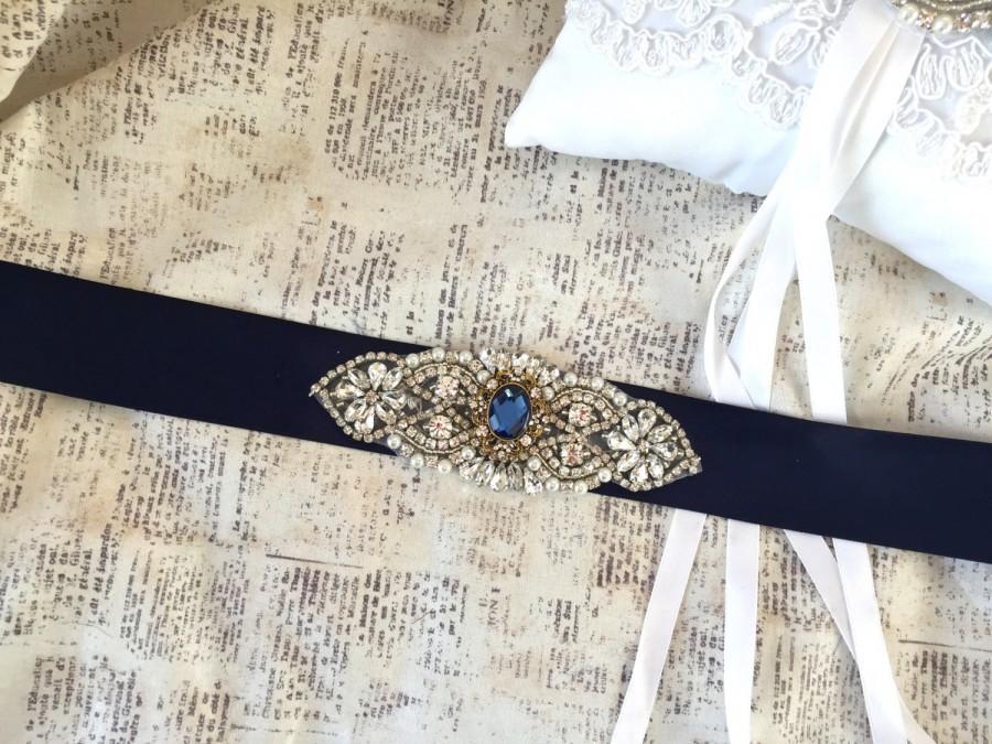 Свадьба - Navy Wedding Sash Belt, Wedding Belt Rhinestone, Vintage Wedding Belt, Navy Blue Wedding Sash, Blue Bridesmaids Sash, Beaded Sash Belt