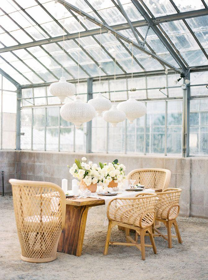 Mariage - All White Wedding Inspo That Proves Cactus Is Totally Chic
