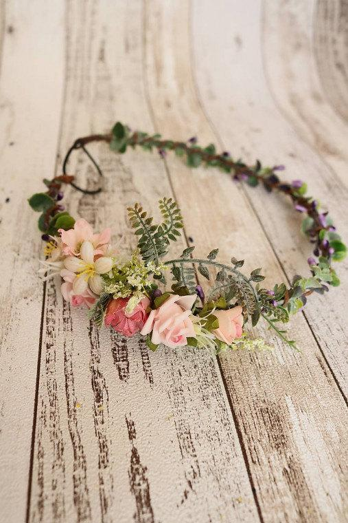Wedding - Wreath - Romantic story