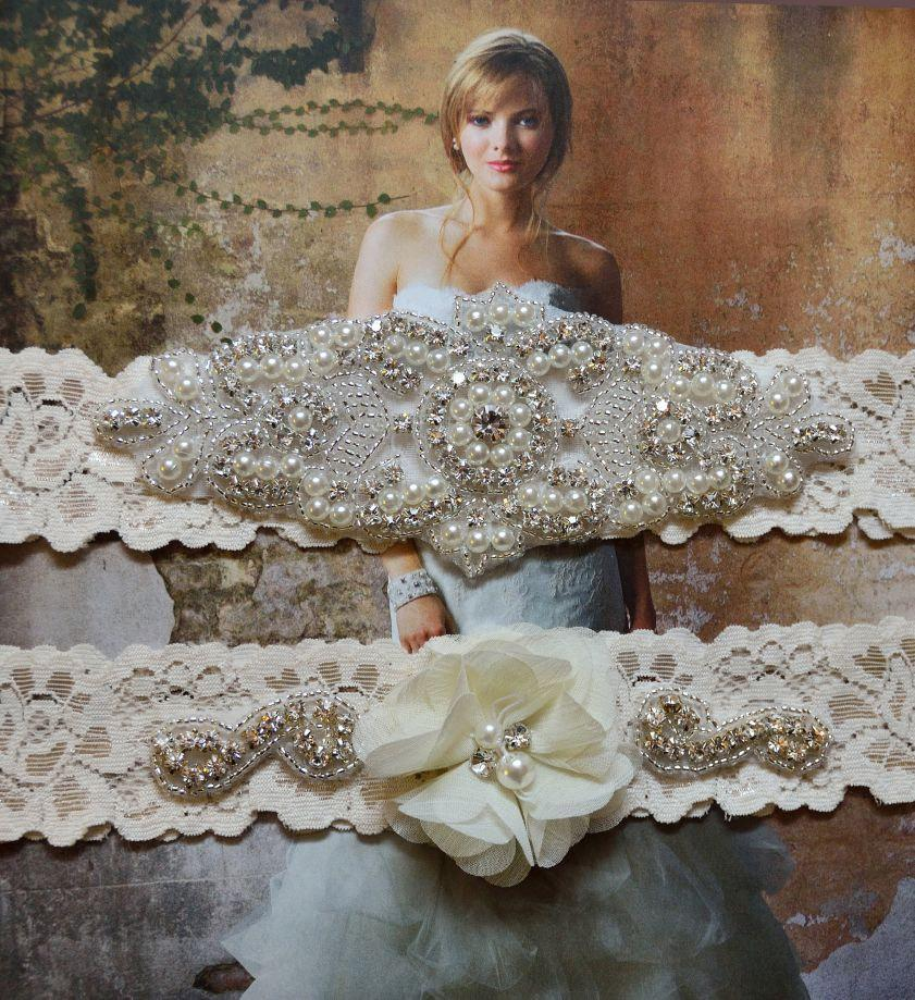 Hochzeit - Ivory Stretch Lace Garter Set,Wedding Garter Set, Bridal Garter,Perle Garter, Rhinestone Garter,Grace Style 10525