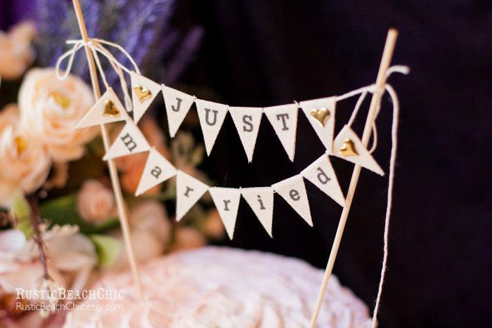 Mariage - Just Married Wedding Cake Topper Banner with golden hearts