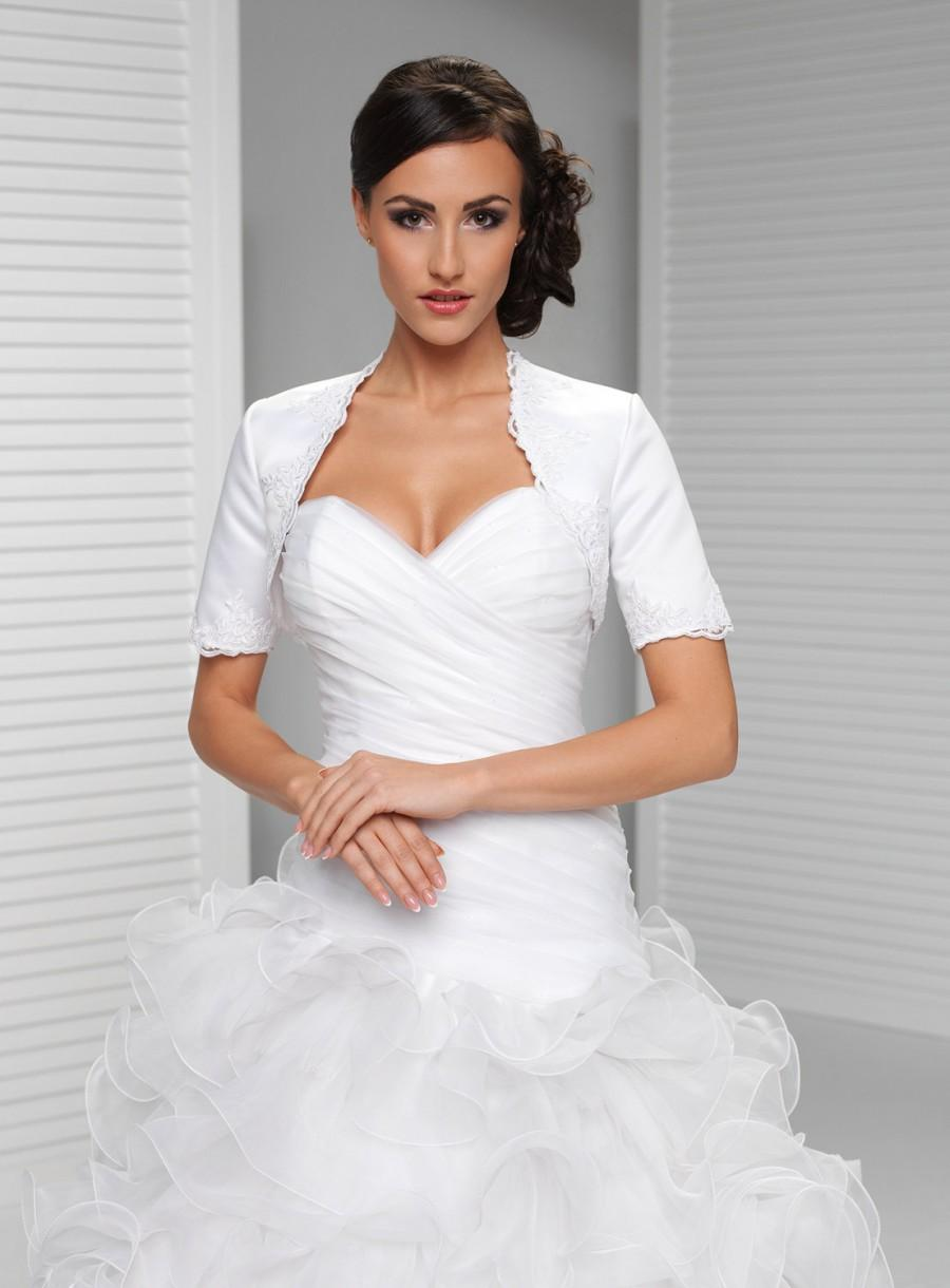 Свадьба - Simple Short Sleeve Satin and Lace Bridal Jacket