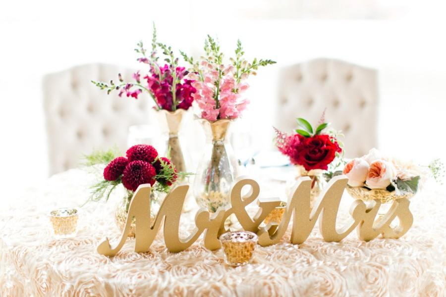Свадьба - Gold Mr and Mrs Sign Wedding Sweetheart Table Decor Mr & Mrs Wooden Letter Large Thick Mr and Mrs Wedding Sign (Item - MTS100)