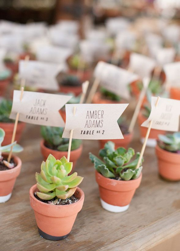 Mariage - 10 New Escort Card Ideas For Your Wedding