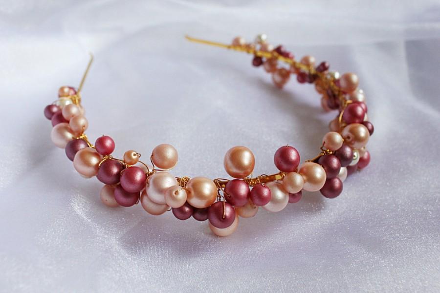 Mariage - Rose pearl tiara Peach shades tiara Bridal wreath Pagan handfasting Wedding hairpiece UK seller