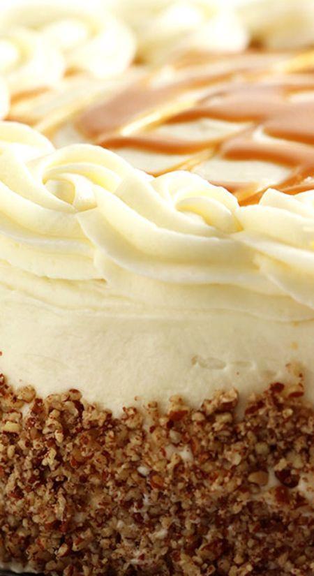 زفاف - Kentucky Bourbon Butter Cake With Cream Cheese Frosting And Salted Caramel Sauce