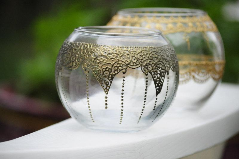 Mariage - Round Vases Centerpieces with Henna Style Accents