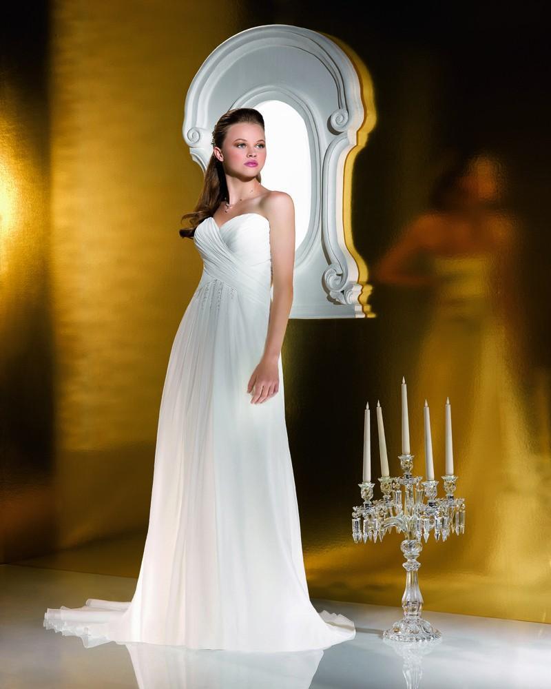 Свадьба - Simple A-line Sweetheart Beading Ruching Sweep/Brush Train Chiffon Wedding Dresses - Elegant Evening Dresses