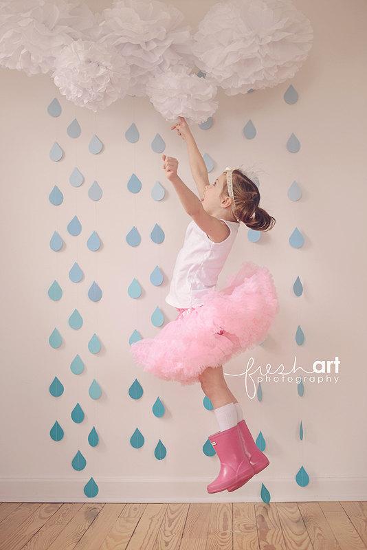 Hochzeit - White Tissue Paper Pom Poms and Blue Ombre Rain Drop Garland