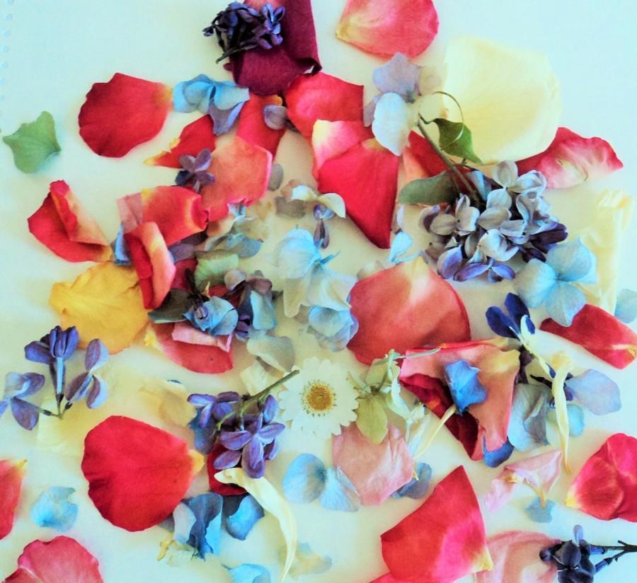 Weddingfetti Dried Flowers Flower Sprinkles Confetti Biodegradable Petals Ecofriendly Wedding Throw Exit