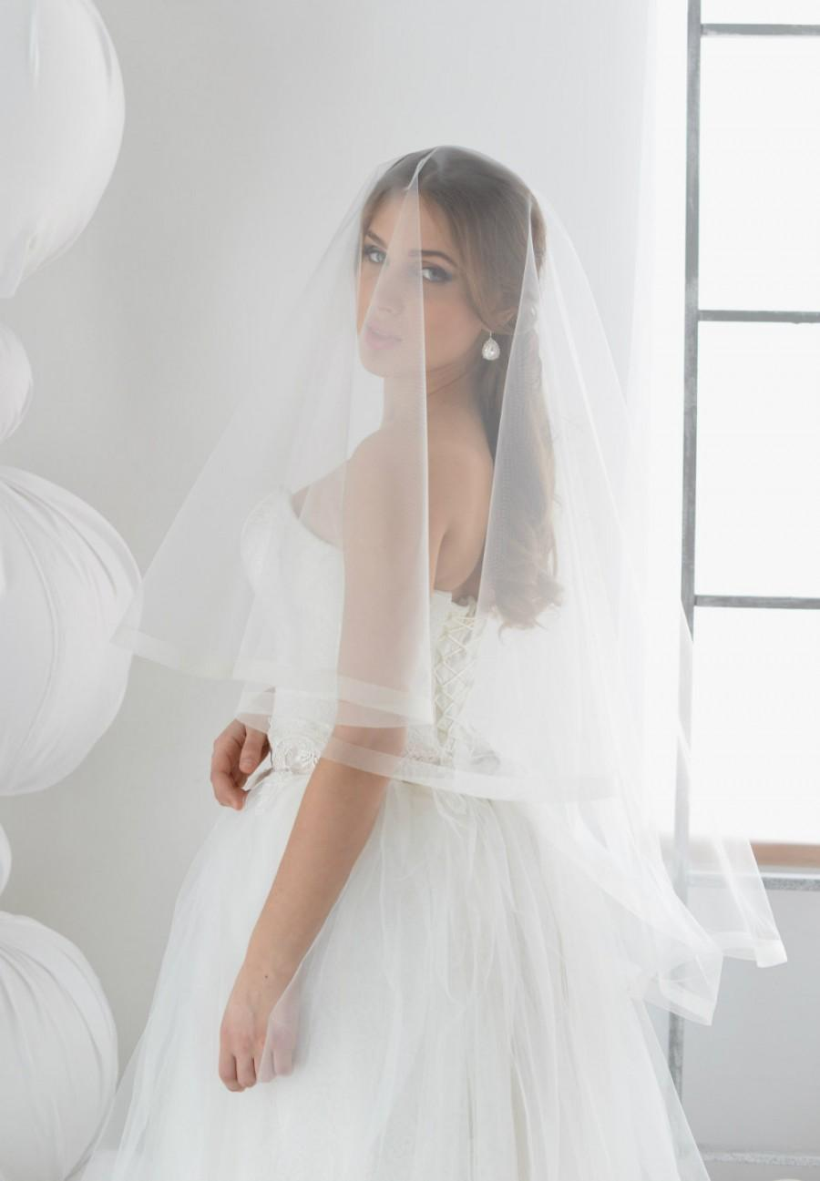 Свадьба - horsehair wedding veil Style 01619V, drop veil, Blusher Veil, Tulle Two Layer with Horsehair Trim, Unique Veil