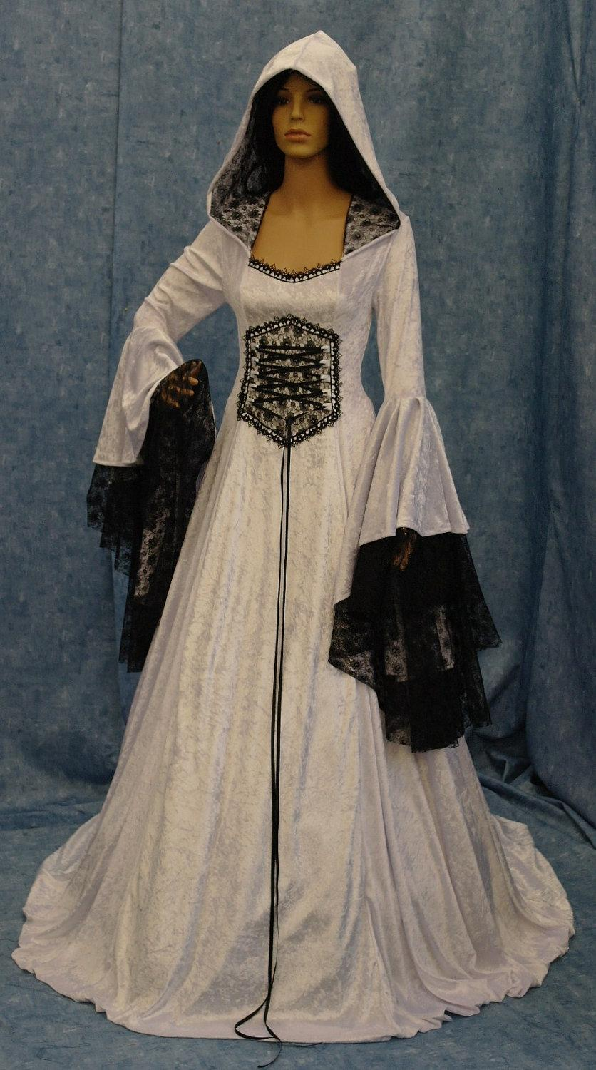 Hochzeit - Renaissance wedding dress, medieval dress, elven dress, fantasy wedding dress, black and white dress